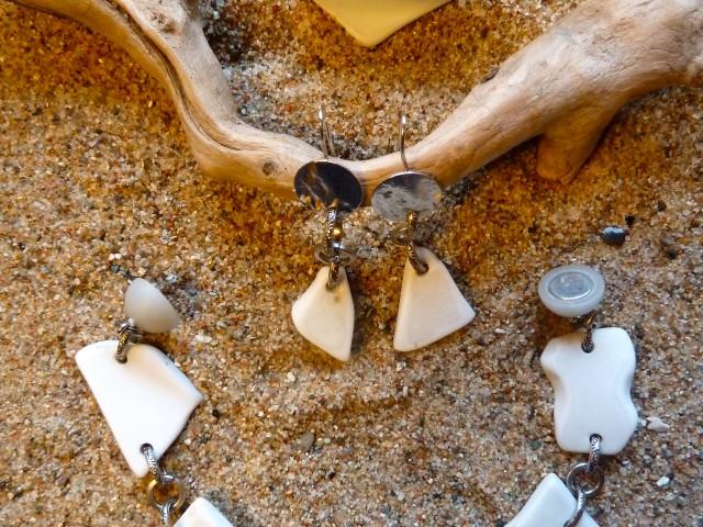 Armband,Ring und Ohrringe aus getrommelten Porzellanscherben