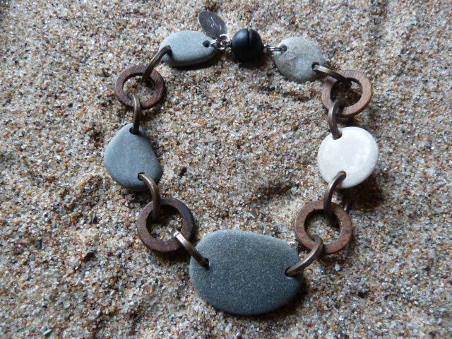 Armband Kiesel-Kupfer-Holz